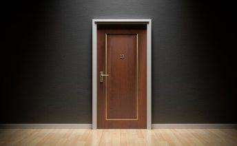 Как защитить квартиру от воров. Лучшие замки и двери 2018