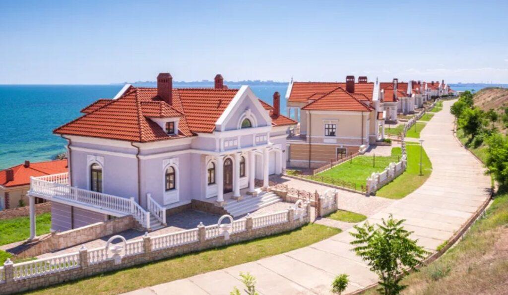 купля-продажа земельного участка Украина