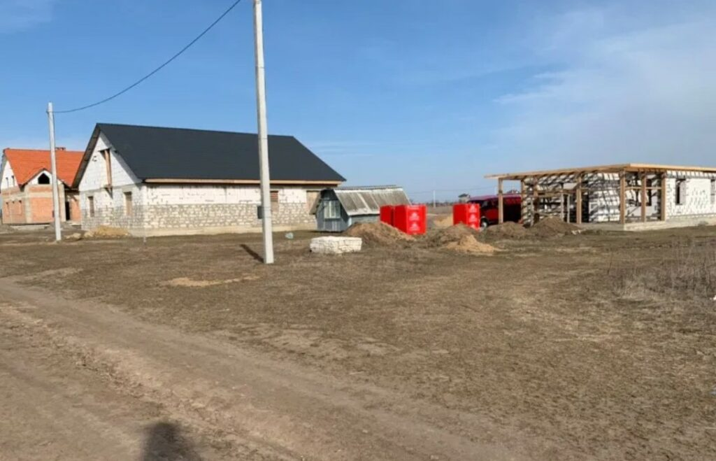 стоимость договора купли-продажи земельного участка в Украине